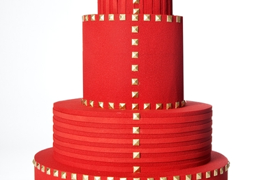 VALENTINO Wedding Cake