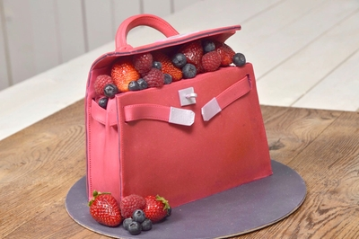 HERMÈS Kelly Red Cake