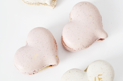 Macarons In Love