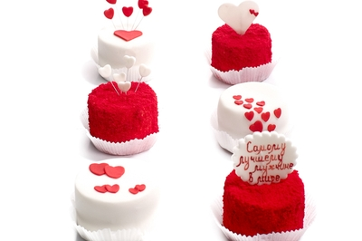 Mini cakes for Valentine