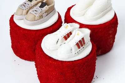 Red Velvet Mini Cakes for Teens
